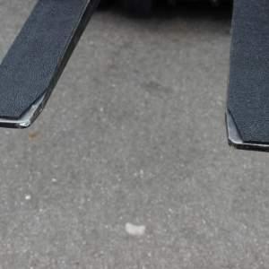 Nakładki antypoślizgowe z funkcją ochronną wuBlade, wymiary: 800 x 150 mm, samoprzylepne ( komplet 2 szt.)